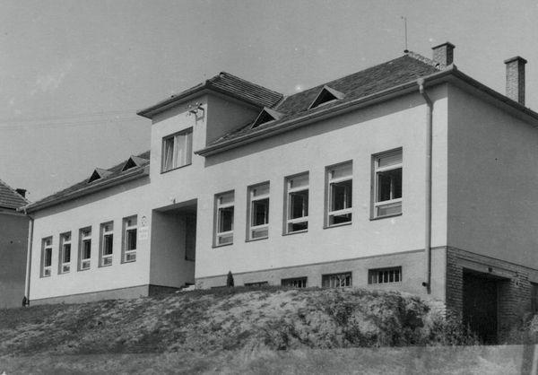 Starostuv vodnk - Obec Popovice